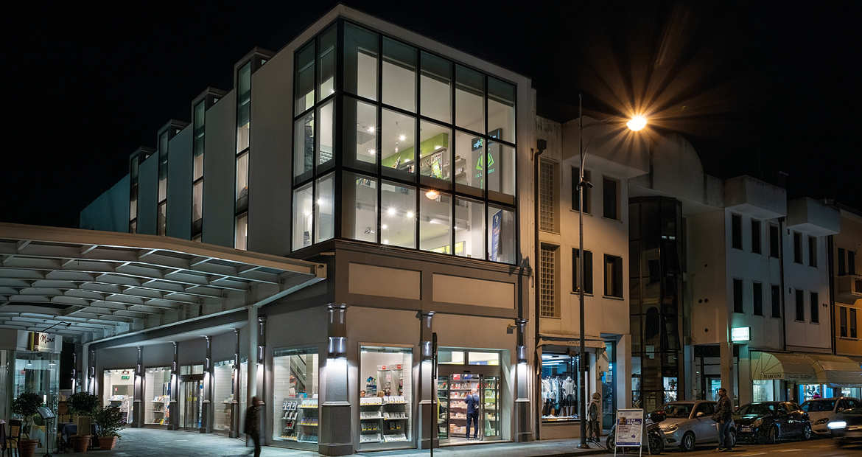 Libreria Moderna San Donà di Piave - Esterno Notturna